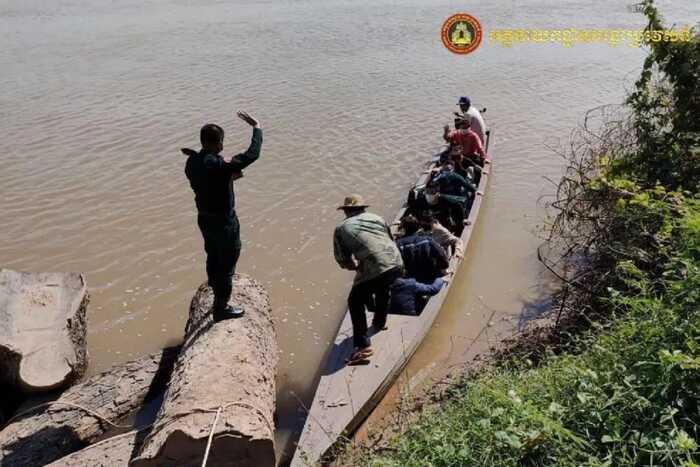 国人回国或出境难度暴增,仍有人偷渡柬埔寨